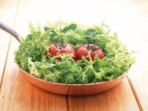 野菜や果物をたくさん食べると幸せになれる!